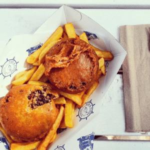 AndMunch street food guide ; East Coast - Fish & Frites, pies!