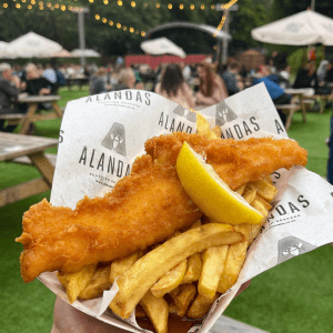 AndMunch street food guide ; East Coast - The AlandasGroup, fish and chips